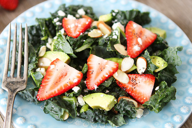 Kale-Strawberry-Avocado-Salad-6